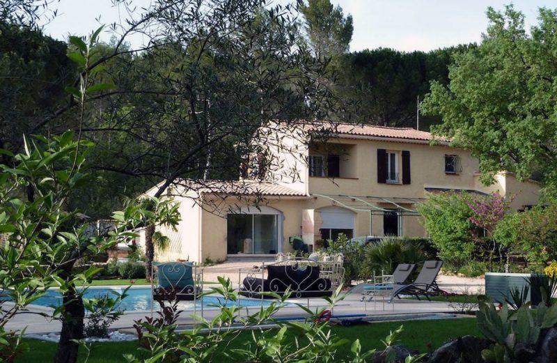maison d'hôtes avec grand jardin provence